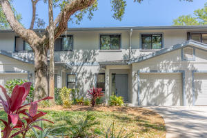 5461 SE Schooner Oaks Way, 5461