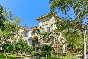 2729 Ravella Way, Palm Beach Gardens, FL 33410