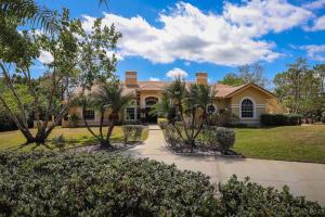 8852 154th Road, Palm Beach Gardens, FL 33418