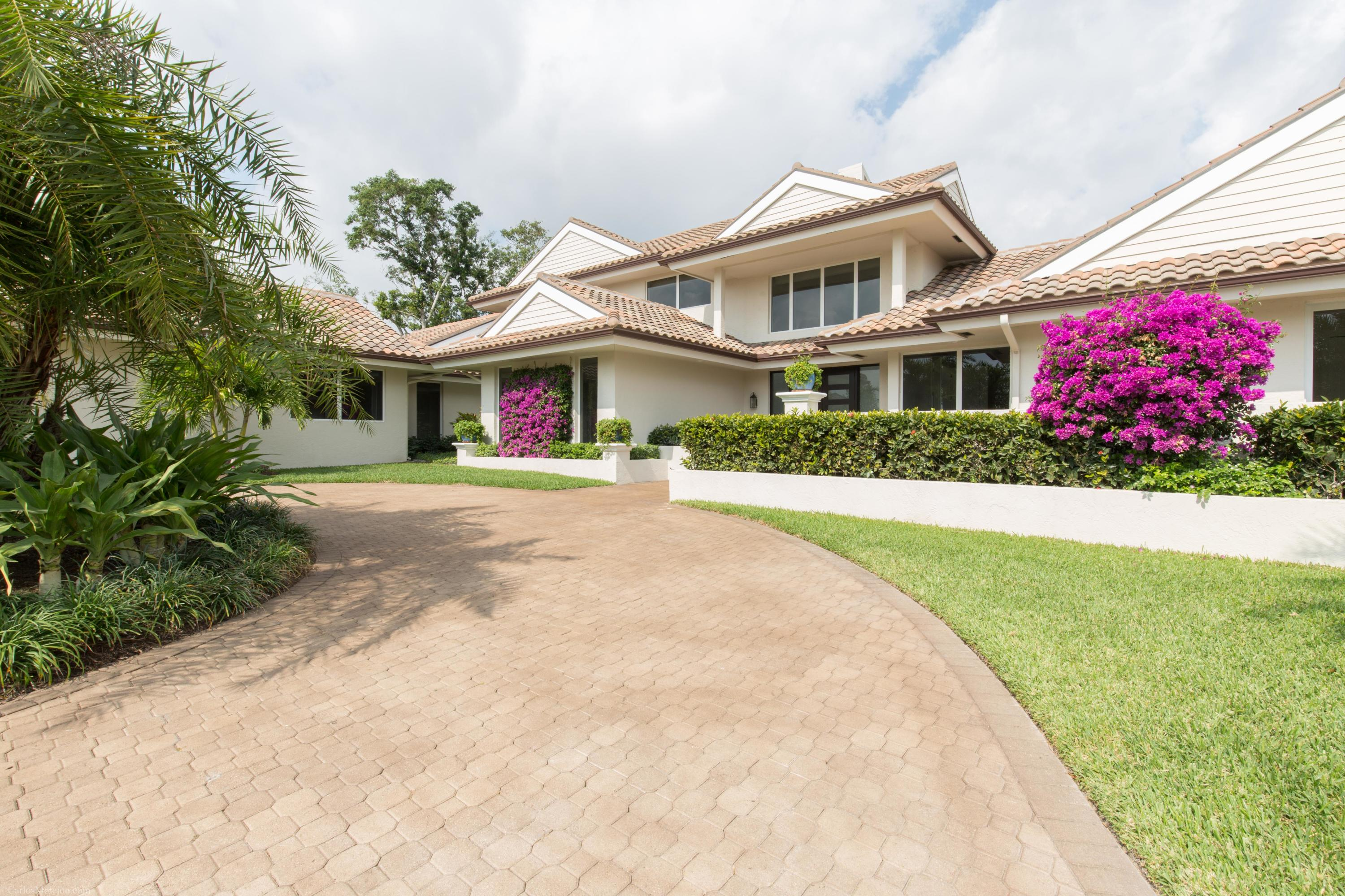 11795 Maidstone Drive, Wellington, Florida 33414, 5 Bedrooms Bedrooms, ,5.2 BathroomsBathrooms,Single Family,For Sale,Palm Beach Polo & Country Club,Maidstone,RX-10416511