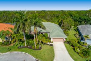 4847 SE Longleaf Place, Hobe Sound, FL 33455