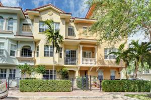 2485 San Pietro Circle, Palm Beach Gardens, FL 33410