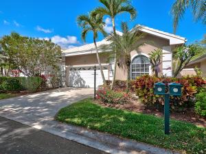 255 Canterbury Circle, Palm Beach Gardens, FL 33418