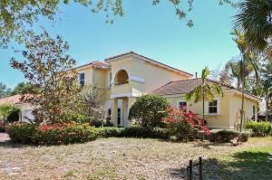 165 Magnolia Way, Tequesta, FL 33469