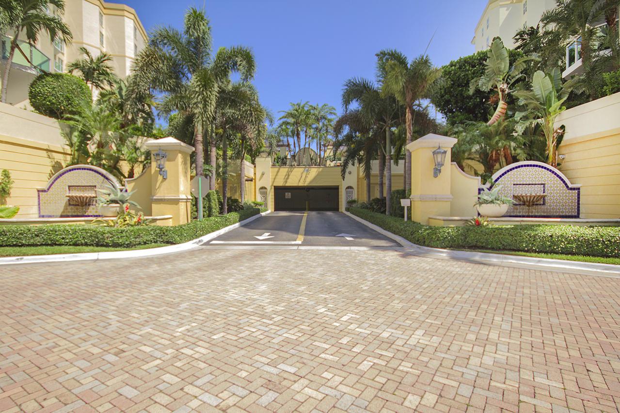 550 Mizner Boulevard, Boca Raton, Florida 33432, 2 Bedrooms Bedrooms, ,3 BathroomsBathrooms,Condo/Coop,For Sale,Townsend Place,Mizner,8,RX-10427645