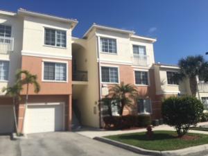 2109 Myrtlewood Circle E, Palm Beach Gardens, FL 33418