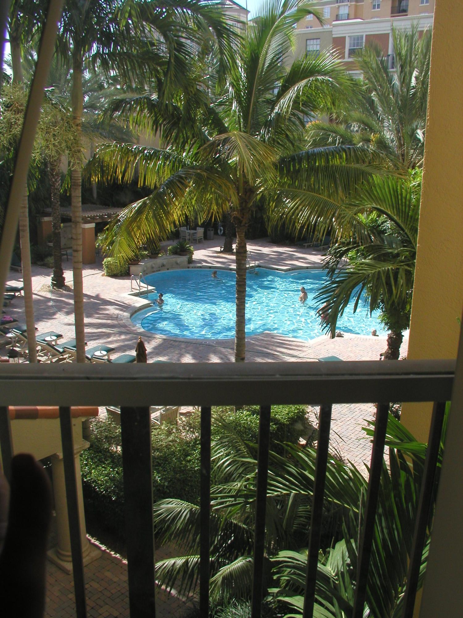 780 Sapodilla Avenue, West Palm Beach, Florida 33401, 2 Bedrooms Bedrooms, ,2 BathroomsBathrooms,Condo/Coop,For Rent,Courtyards in CityPlace,Sapodilla,5,RX-10418995