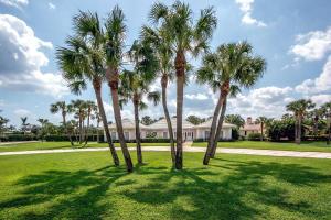 12340 Channel Drive, North Palm Beach, Florida 33408, ,Land,For Sale,SEMINOLE LANDING,Channel,RX-10419954