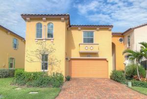 4541 Mediterranean Circle, Palm Beach Gardens, FL 33418