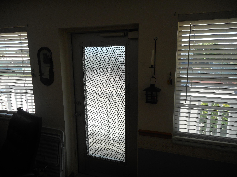 80 Somerset D, West Palm Beach, Florida 33417, 2 Bedrooms Bedrooms, ,2 BathroomsBathrooms,Condo/Coop,For Sale,Somerset D,2,RX-10420216