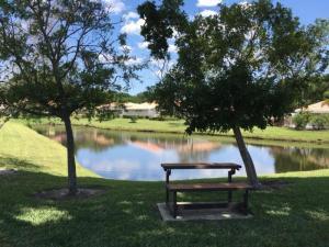 9221 Sun Terrace Circle, Palm Beach Gardens, FL 33403