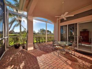 151 Green Point Circle, Palm Beach Gardens, FL 33418