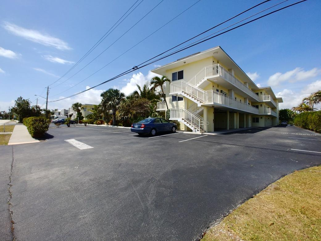 6520 Ocean Boulevard, Ocean Ridge, Florida 33435, 1 Bedroom Bedrooms, ,1 BathroomBathrooms,Condo/Coop,For Sale,Ocean,2,RX-10422152