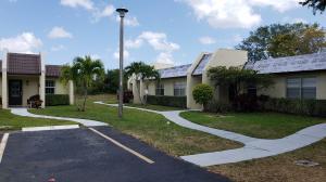 212 Lake Susan Lane, West Palm Beach, FL 33411