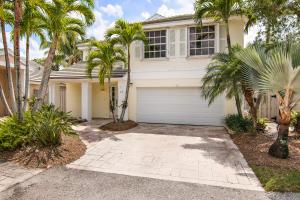 22 Governors Court, Palm Beach Gardens, FL 33418