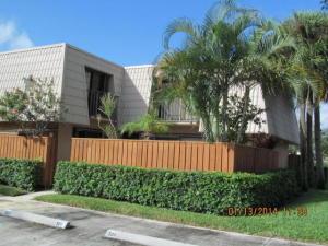 6802 68th Way, West Palm Beach, FL 33409