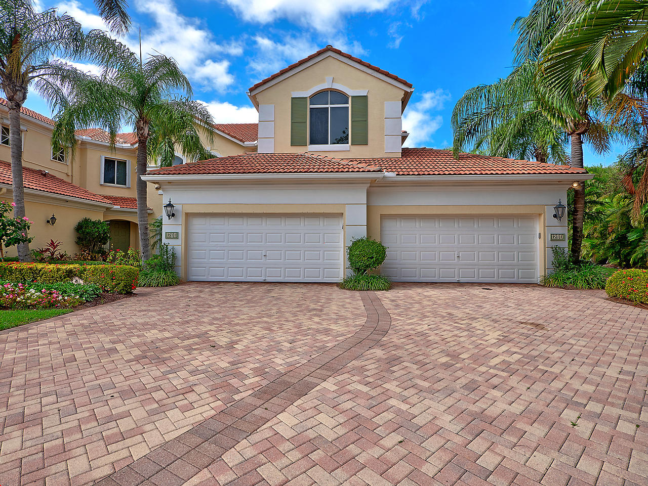 120 Palm Bay Drive, Palm Beach Gardens, Florida 33418, 3 Bedrooms Bedrooms, ,3 BathroomsBathrooms,Condo/Coop,For Sale,PALM BAY NORTH,Palm Bay,2,RX-10421174