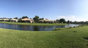 Spectacular Lake Vista from your Patio