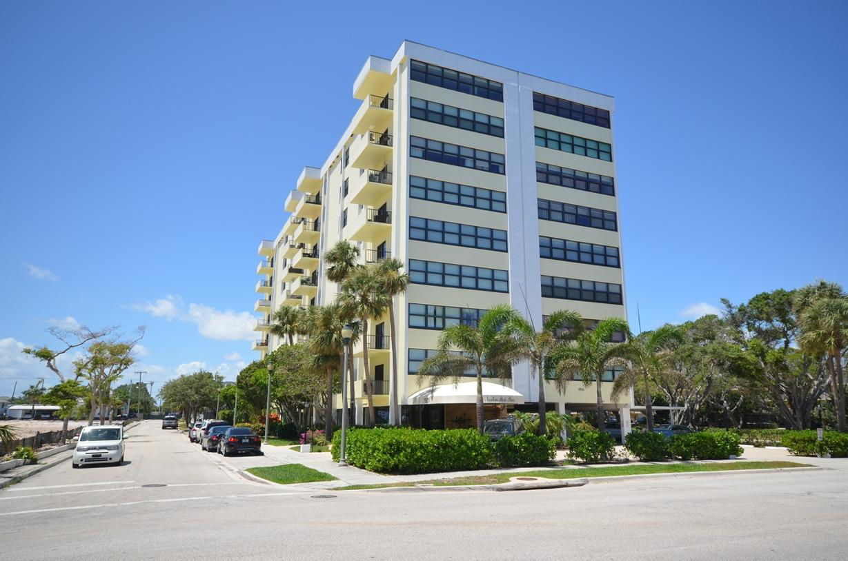 1501 Flagler Drive- West Palm Beach- Florida 33401, 2 Bedrooms Bedrooms, ,2 BathroomsBathrooms,Condo/Coop,For Sale,Norton Park Place,Flagler,9,RX-10422877