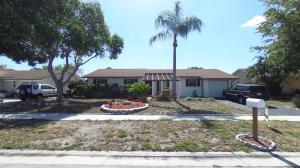 4842 Beresford Circle, West Palm Beach, FL 33417