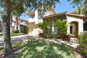 831 Madison Court, Palm Beach Gardens, FL 33410