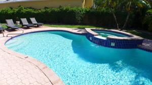 6613 Hampton Circle, Boca Raton, FL 33496