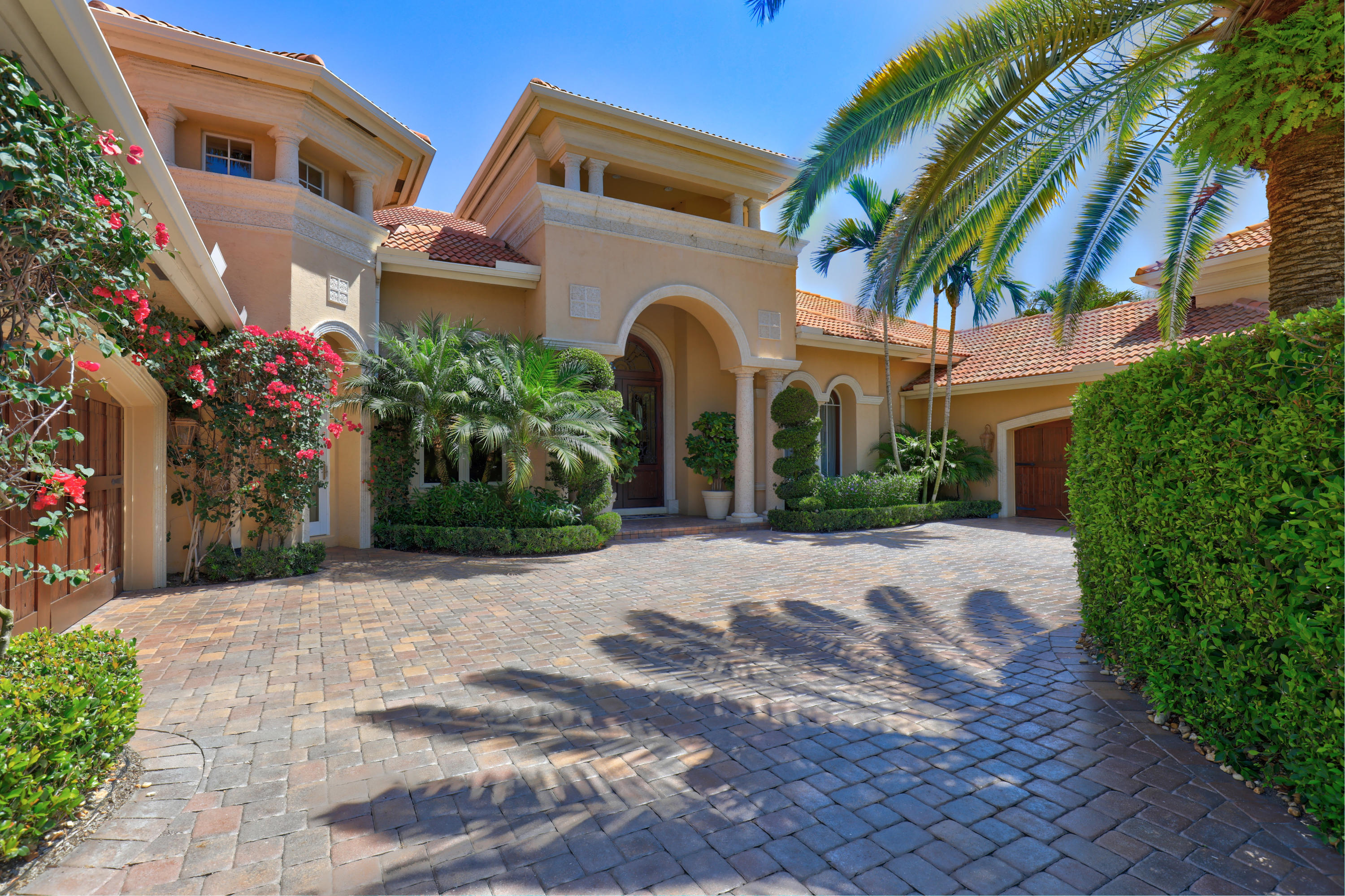 129 Via Palacio Palm Beach Gardens FL 33418