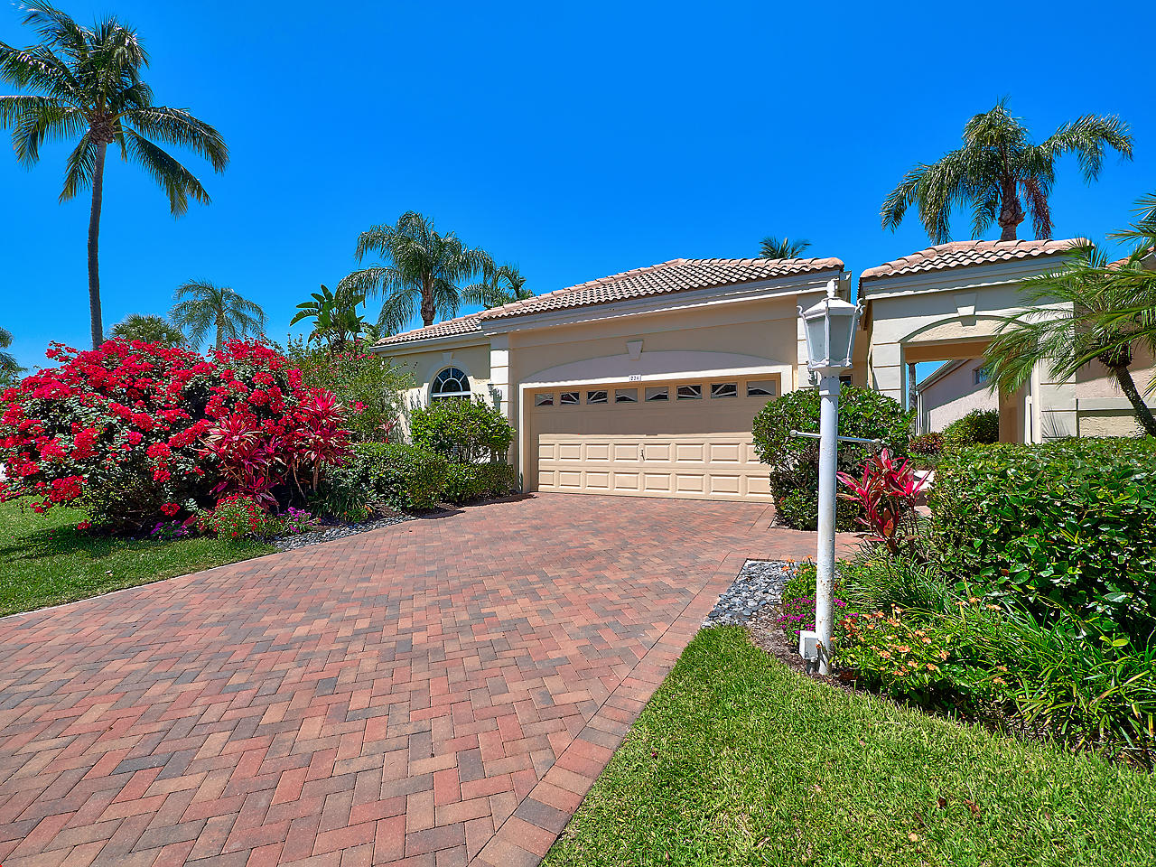 226 Coral Cay Terrace, Palm Beach Gardens, Florida 33418, 3 Bedrooms Bedrooms, ,3 BathroomsBathrooms,Single Family,For Sale,CORAL CAY,Coral Cay,RX-10424599