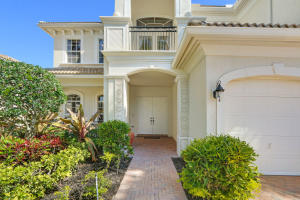 521 Les Jardin Drive, Palm Beach Gardens, FL 33410