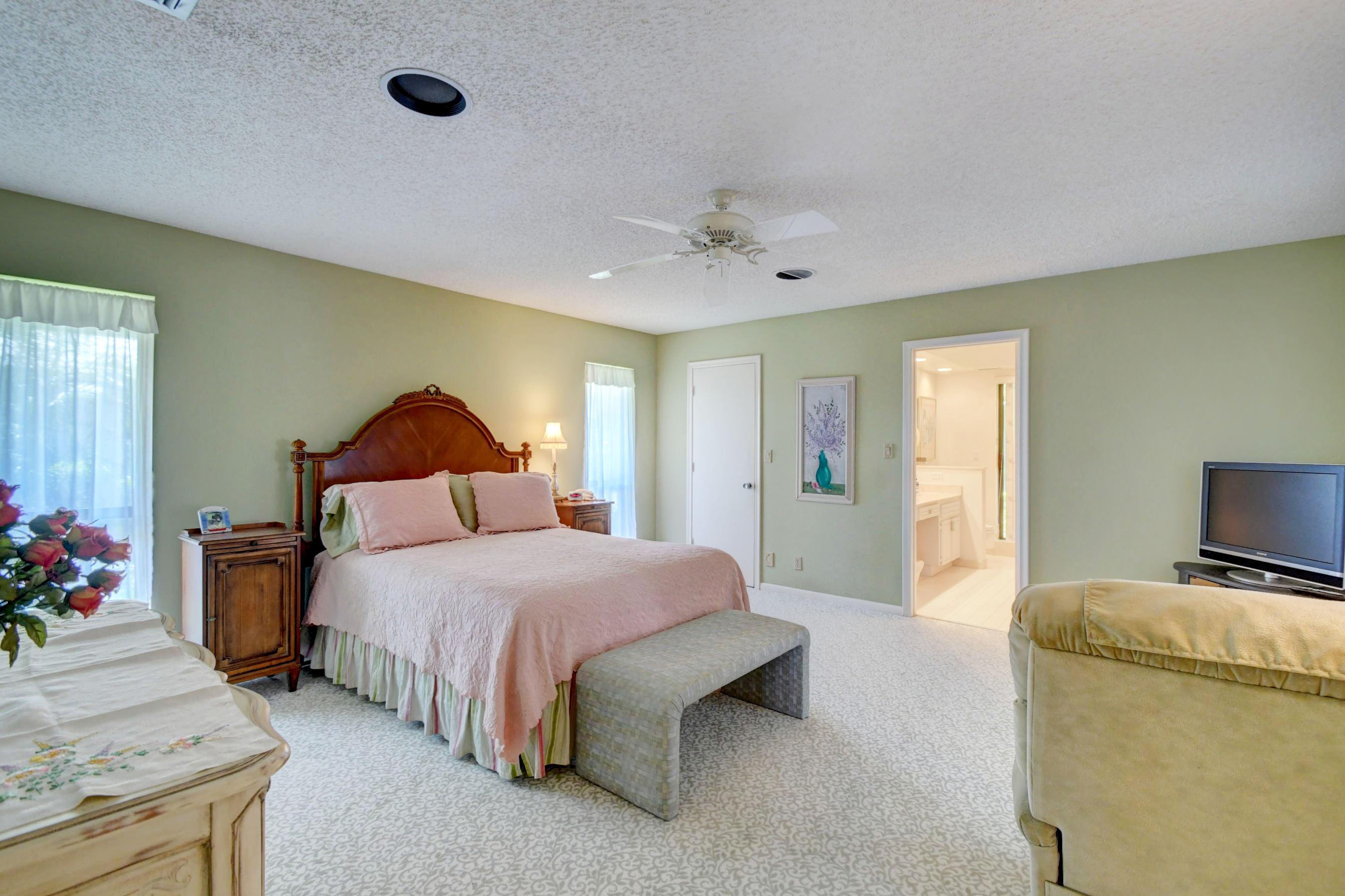 Image 19 For 4564 White Cedar Lane