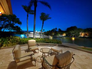 1454 Point Way, North Palm Beach, FL 33408