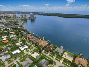 830 Lakeside Drive, North Palm Beach, FL 33408