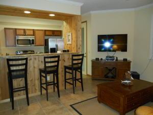 11011 Legacy Lane, 104, Palm Beach Gardens, FL 33410