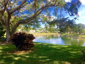 8653 Doverbrook Drive, Palm Beach Gardens, FL 33410