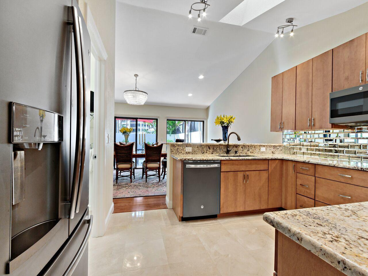 7350 Woodmont Court, Boca Raton, Florida 33434, 3 Bedrooms Bedrooms, ,3 BathroomsBathrooms,Villa,For Sale,Boca West,Woodmont,RX-10428124