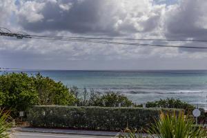 1055 Ocean Drive, 304, Juno Beach, FL 33408