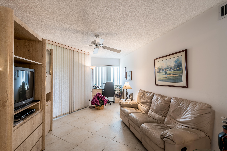15799 Loch Maree Lane, Delray Beach, Florida 33446, 3 Bedrooms Bedrooms, ,2 BathroomsBathrooms,Condo/Coop,For Sale,Gleneagles Country Club,Loch Maree,1,RX-10428741
