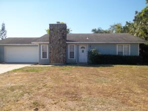 358 SE Oakridge Drive, Port Saint Lucie, FL 34984