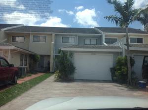12504 Westhampton Circle, Wellington, FL 33414
