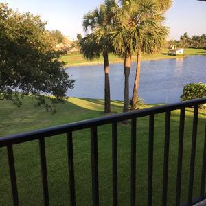 1204 Clubhouse Circle, 1204