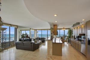 5250 N Ocean Drive, 4n, Singer Island, FL 33404