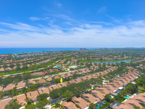 129 Cape Pointe Circle, Jupiter, FL 33477