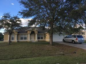 785 SW Arkansas Terrace, Port Saint Lucie, FL 34953