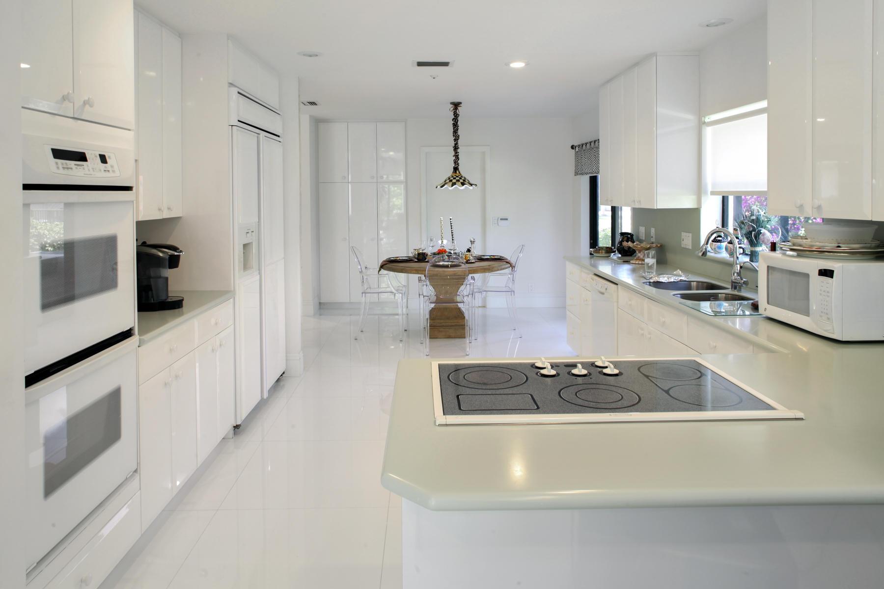 4440 White Cedar Lane