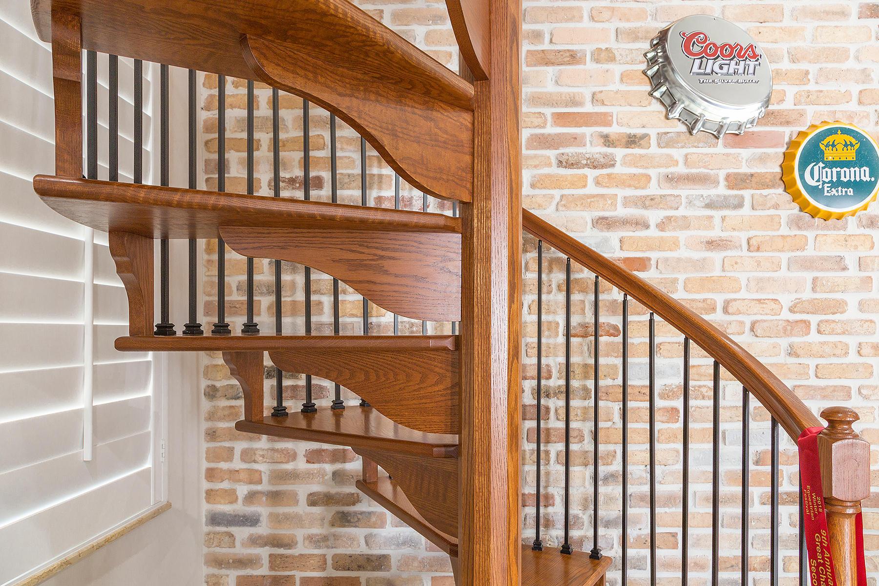 35_Stairwell_Detail1