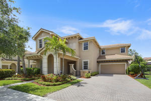 107 Via Azurra, Jupiter, FL 33458