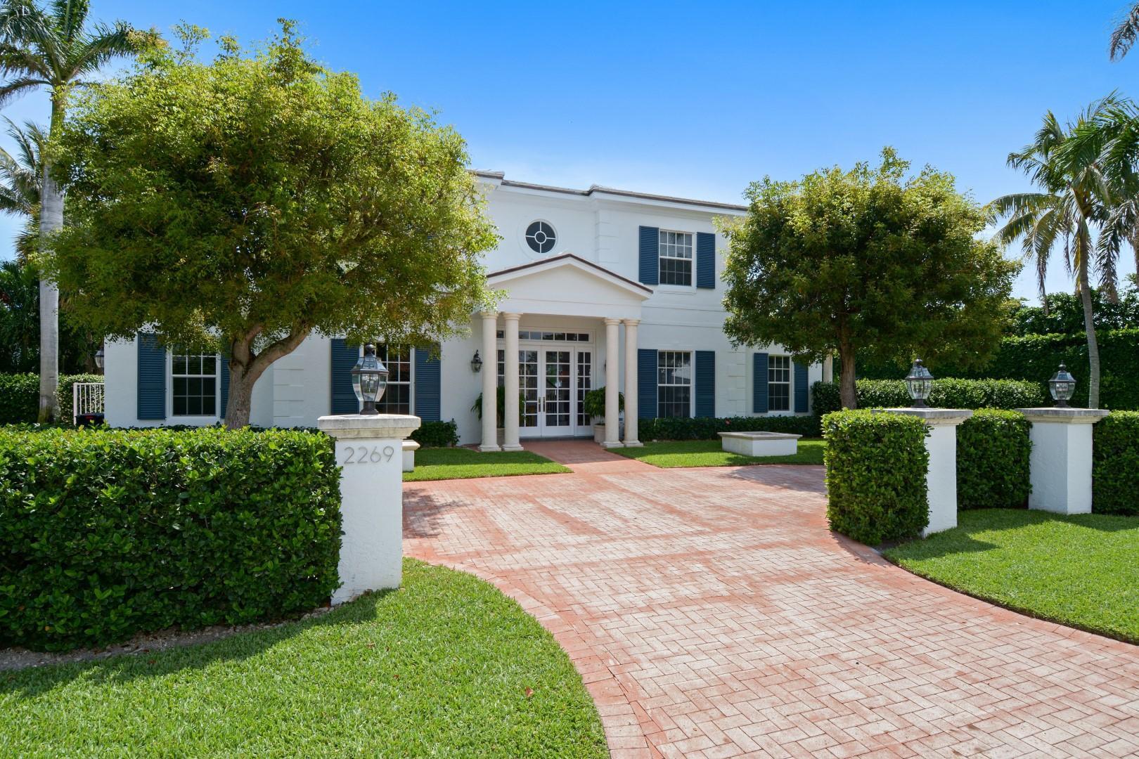 2269 Ibis Isle Road, Palm Beach, Florida 33480, 4 Bedrooms Bedrooms, ,3.1 BathroomsBathrooms,Single Family,For Sale,Ibis Isle,RX-10428570