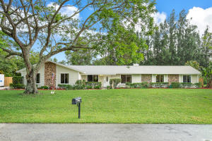5754 Set N Sun Place, Jupiter, FL 33458
