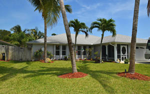 897 NE Maranta Terrado, Jensen Beach, FL 34957