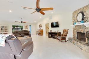 4999 SE Pine Ridge Way, Stuart, FL 34997